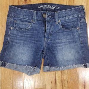 Size 6 American Eagle Jean shorts